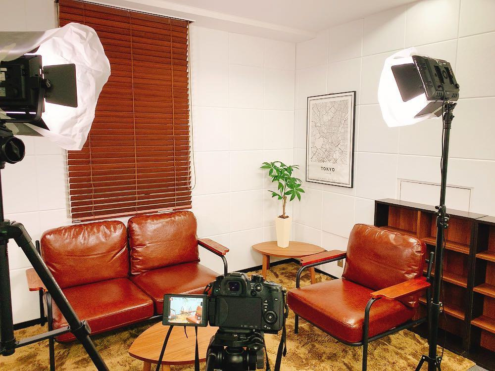 スタジオ 対談動画